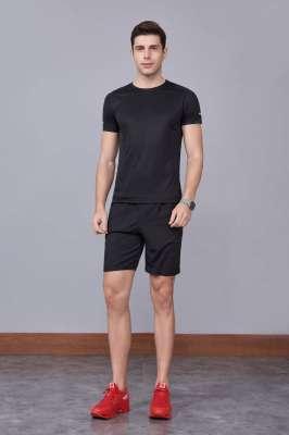 2020最新款短袖运动t恤衫  潮  圆领套头 黑色