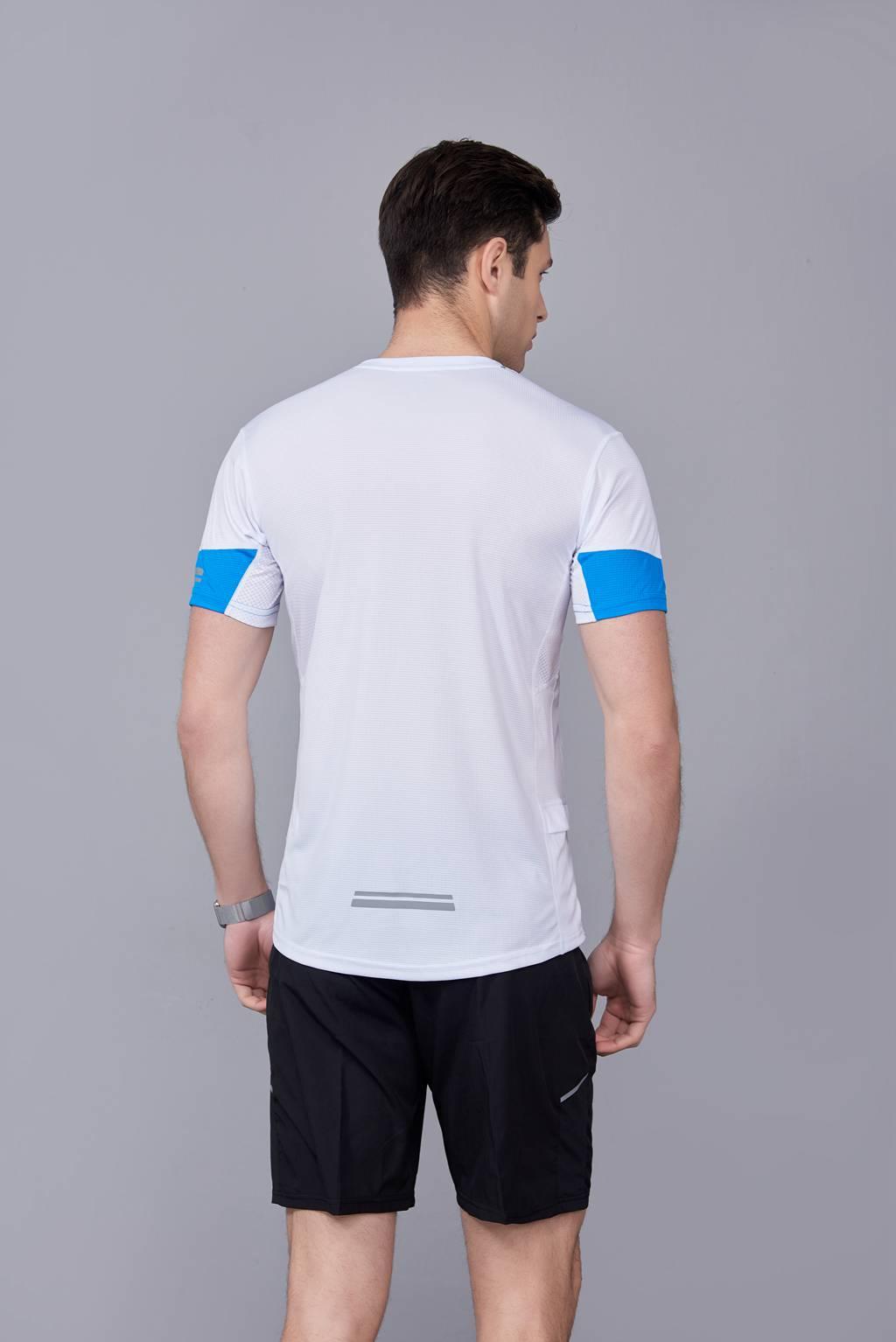 潮流运动T恤 打底衫 圆领休闲宽松款 白色
