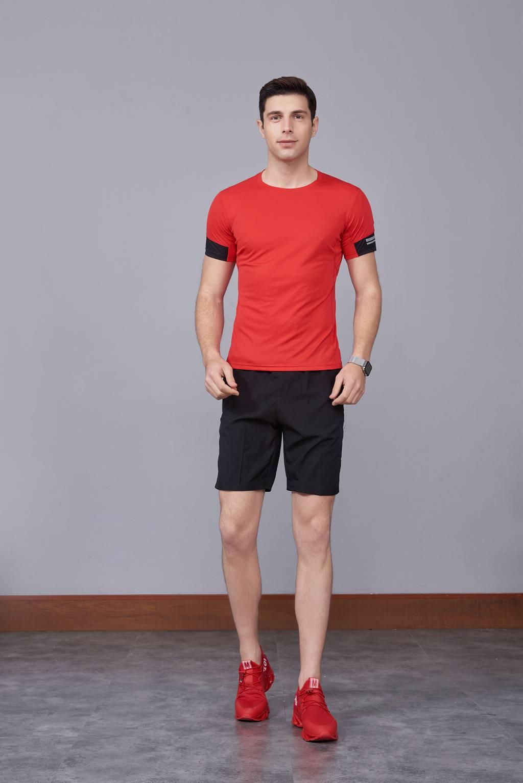 潮流运动T恤 打底衫 圆领休闲宽松款 红色