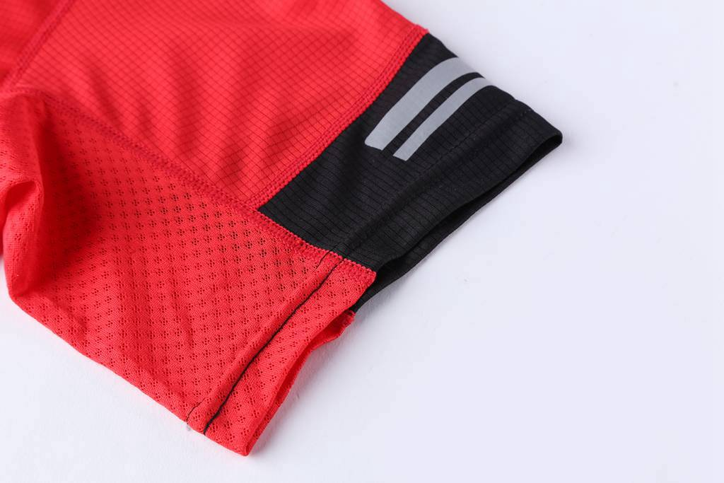 2020夏装新款 男生潮衣服短袖T恤 打底衫 红色细节展示