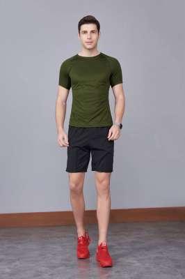 军绿色 潮牌休闲t恤短袖修身个性圆领